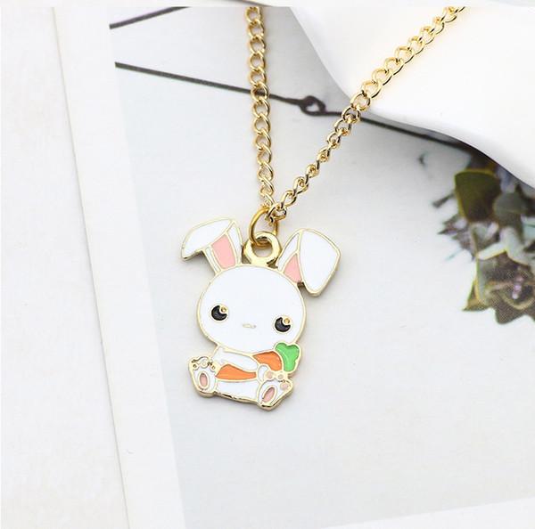 Little White Rabbit Hold Carote Pendenti Collane 2018 New Cartoon Little White Animal Ciondolo in oro catena collane regalo di San Valentino
