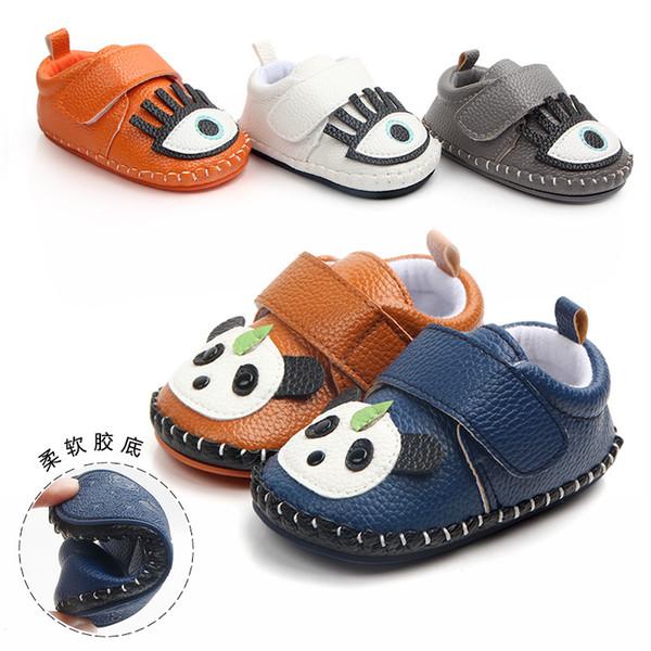 Cuoio sveglio del fumetto Panda infantile fatto a mano bambino neonato Ragazzo appena nato in gomma morbida con suola scarpe da esterno Presepe Kid primi camminatori