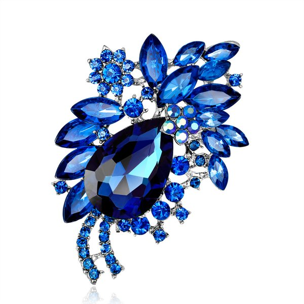 Multi-color Rhinestone Brooch Crystal Corsage Vintage Fashion Glass Brooch Spot Wholesale Temperament Jewelry Women Alloy Brooch 4 Color