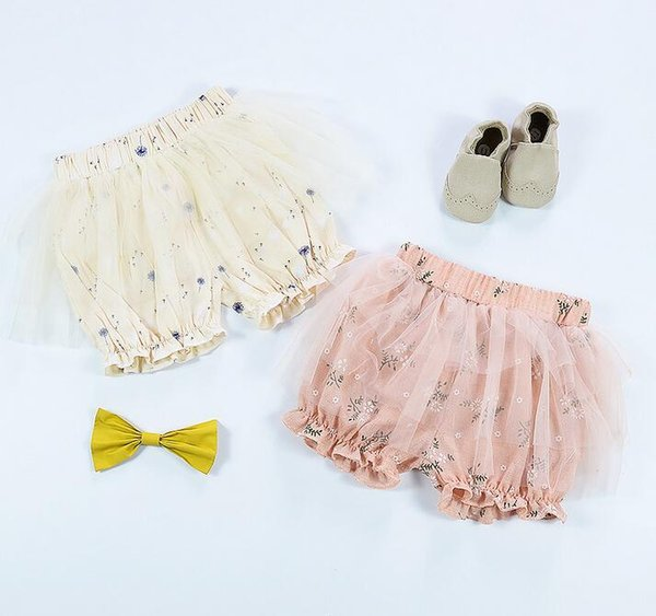 2018 Korean girls mesh cotton shorts Baby floral ultra-thin breathable hot pants summer pants PP pants Suitable for 1-3 years old