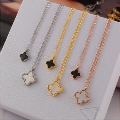 Wholesale four-leaf clover black and white size double-sided necklace plated with 18K rose gold necklace female Korea colour gold short coll