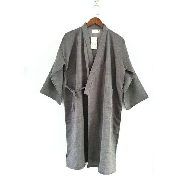 Hommes pur gris