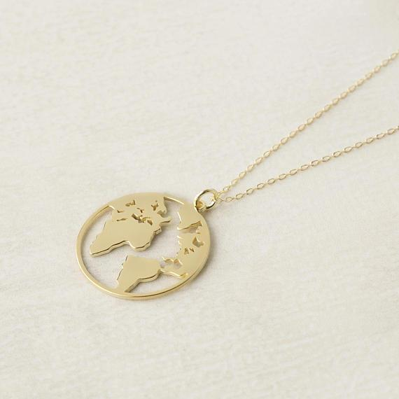 30pcs Unique Circle Outline World Map Globe Pendant Necklace Gold/Silver Flat Continent Jewelry Gift for Friend