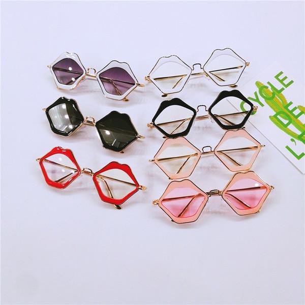 f085b6b715e Trend Frame Design Eyeglass For Men And Women Comfortable Sunglasses Lips  Shape Plain Sun Glasses New
