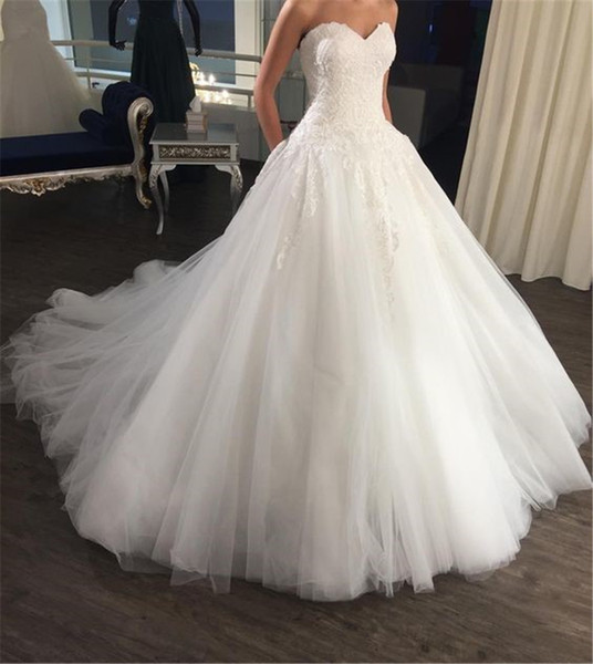 best selling New Charming Elegant Bridal Dresses Sweetheart Ball Gown Lace Floor Length Wedding dresses Sleeveless Wedding Dress