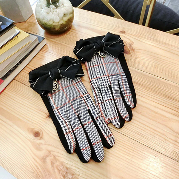 Lattice bowknot suede touch screen mittens black gloves winter women ladies fashion outdoor driving gloves elegant wrist guantes