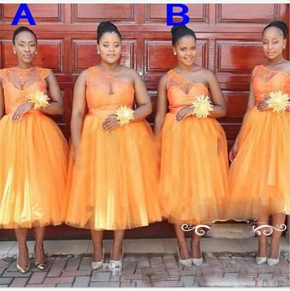 Plus la taille pure une robe de boule d'épaule robe de demoiselle d'honneur de thé de longueur de robe de demoiselle d'honneur d'ornement de cou de bijoux d'or africain pour la robe de mariage