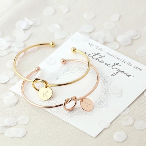 26 Carta Oro Plata Color Nudo Corazón Pulsera Brazalete Joyería de Moda Aleación Pulseras Colgantes Redondas para Mujeres # 279467