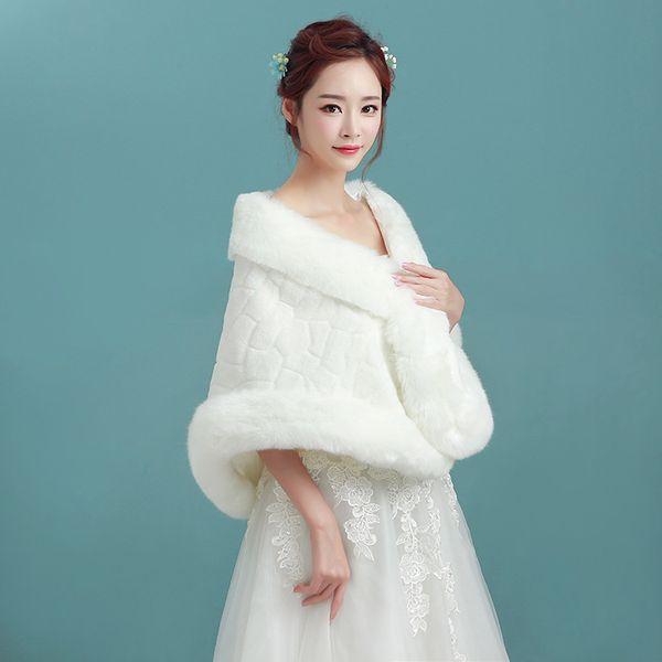 Involucri nuziali economici di alta qualità 2019 Finta pelliccia sintetica Giacche da sposa invernali Scialli Giacca da matrimonio Cape Abiti da sposa e bolero