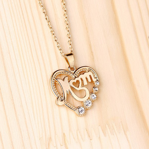 Heart shaped Letter Pendant Necklace Hollowed out Crystal gold Necklace Pendant High quality cheap jewelry wholesale