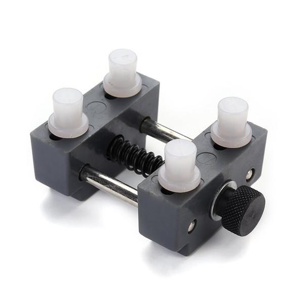 Regarder Retour Case Holder Anti-scratch Watch Outils de réparation Anti-slip Réglable Back Case Cover Opener Remover Nouveau
