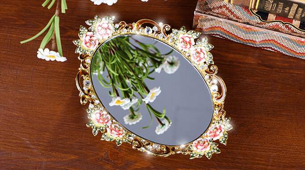 Bandeja de almacenamiento de la joyería del anillo de la porción de la placa Retro europeo de metal bandeja de espejo de lujo decoración de almacenamiento adornos de venta caliente