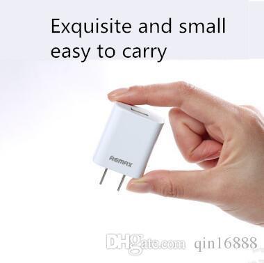 Caricabatterie USB mini testa di ricarica è adatto per la ricarica di prodotti digitali come il computer tablet tablet cellulare Bluetooth gioco m