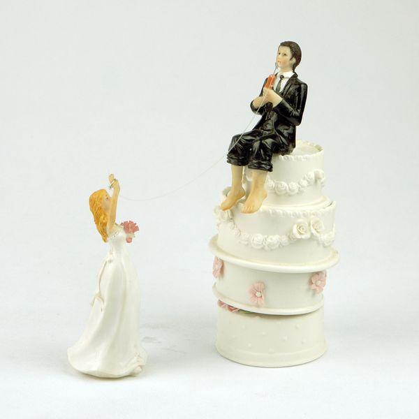 Acheter Romantique Peche Resine Mariee Et Le Marie Figurine Mariage Gateau Topper Decoration De Fete De 39 82 Du Elecc Dhgate Com