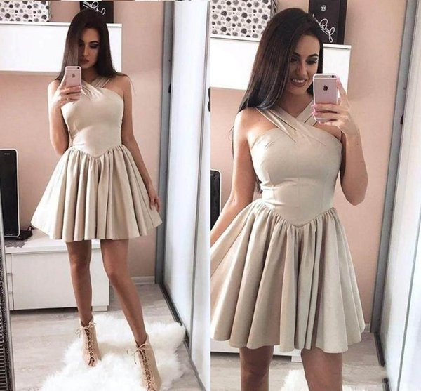 Newest Halter Neck Homecoming Dresses Short Prom Dresses Short Skirt Ruffles With Stones Party Dresses