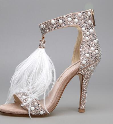 Großhandel Echtes Leder Frauen Sandalen Pumps Sommer Marke Pelz Strass Feder High Heel Weiße Frauen Hochzeit Pumps Schuhe Plus Größe 34 42 Von
