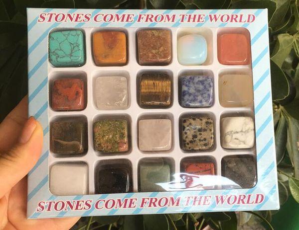 20pcs piedras provienen del mundo Minerales de muestras enseñanza de la escuela piedras minerales Colecciones expuesto en el hogar Decoración P40143