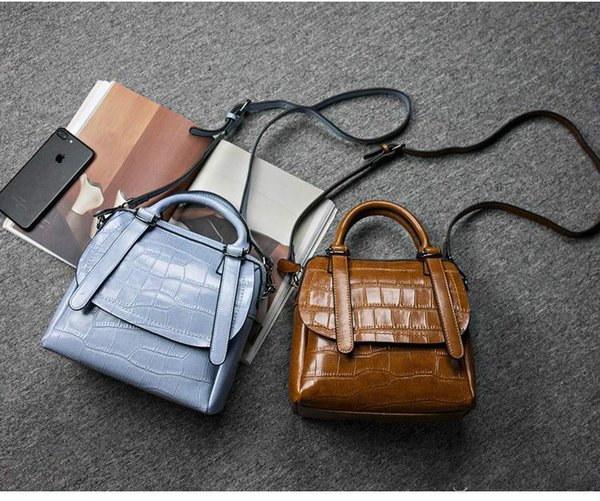 2017 new brand real leather handbag wholesale handbag with a single shoulder bag with a single shoulder bag