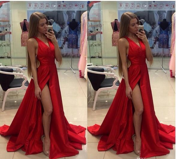 Red Deep V-neck Prom Dresses Criss Cross Straps Sweep Train Side High Split Sexy Evening Dresses Long section Party Dresses