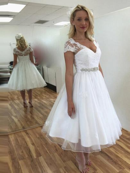 2019 A-line Short Wedding Dresses Deep V-neck Short Sleeve Crystal Sash Draped Wedding Dress For Guests Bridal Lace Dress Custom Made