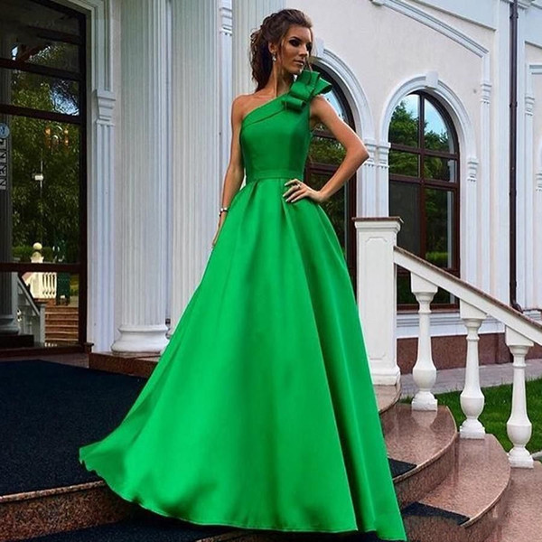 2019 Modern Green Evening Dresses One Shoulder A Line Floor Length Long Satin Formal Gowns Women Party Wear abito cerimonia donna sera