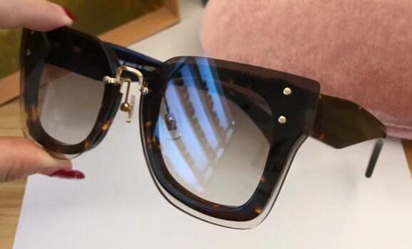Lüks 04R Güneş Kadınlar Tasarımcı Popüler Güneş Gözlüğü Kedi Gözler Çerçeve Güneş Gözlüğü Kristal Ile Analitik Moda Kadınlar Stil Gel ...