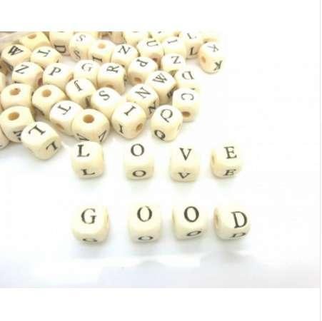 Hot 100pcs 8mm Alphabet A-Z Letter Natural Square Charm Wood Spacer Beads Wooden Beads For Baby Smooth Jewelry Making DIY