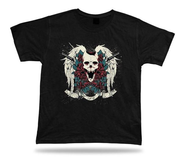 T-shirt Camiseta Aniversário Presente Idéia Crânio e Armas Assustador Rosa Clássico