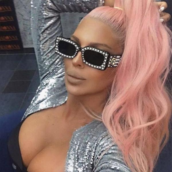 2018 small frame square Sunglasses Women fashion brand square Sunglasses Deluxe pearl rice nail Black Sunglasses trend with support glasses