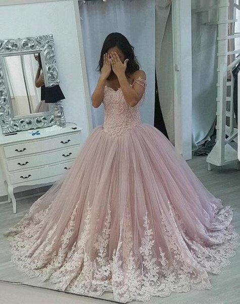 2019 Gorgeous Blush Pink Ball Gown Quinceanera Dresses Off The Shoulder  Lace Appliques Sweet 16 Dresses Prom Dresses Dress Long Formal Dress Shops