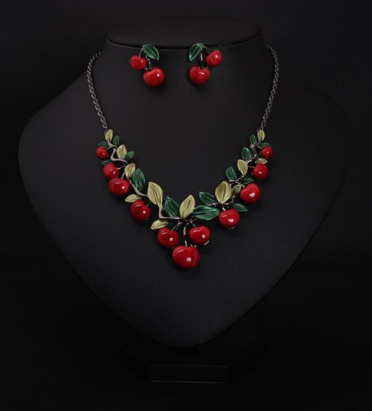 European and American big-name jewelry cherry necklace earrings set female fashion dinner dress bride temperament accessories CL01