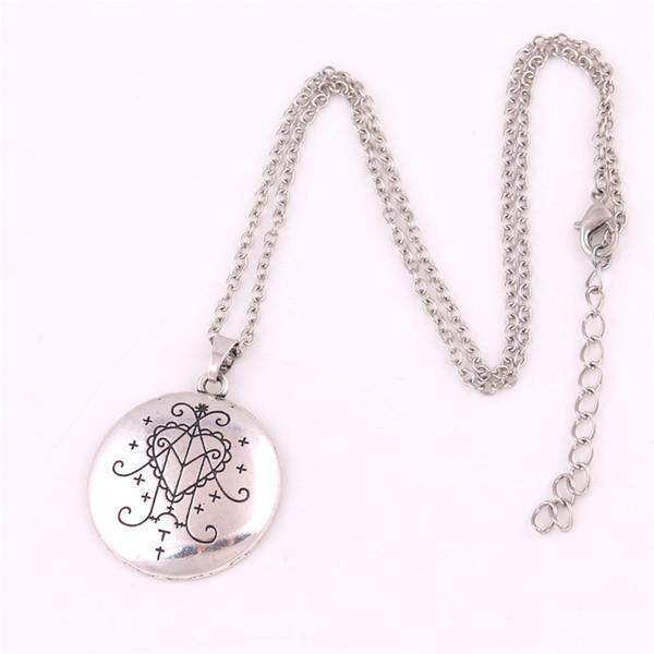 Collier à breloques unisexe Nouveau motif de coeur arrivé et runes spéciales Nom de l'archange THAVAEL En alliage de zinc écrit