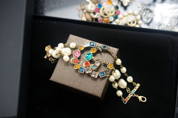 New arrival Factory Price High Quality Luxury Letter Pearl diamond bracelet Fashion Rivets metal bracelet With Box