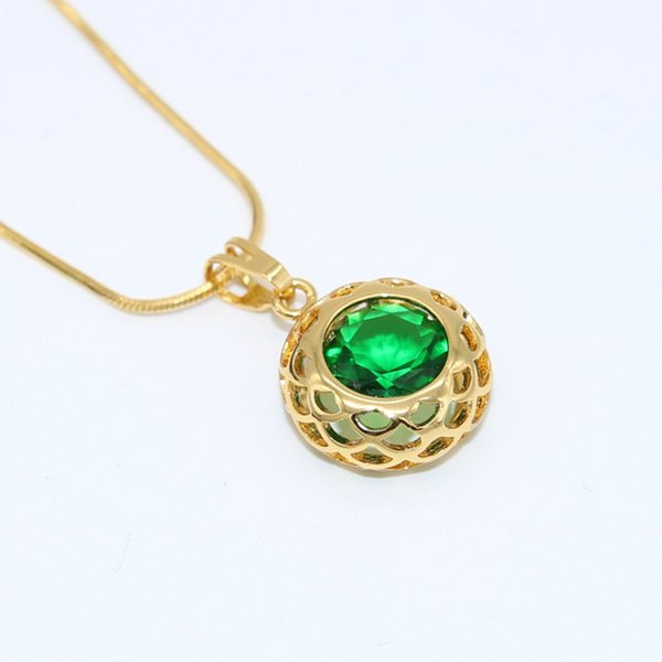 Round Cut Emerald Pendant Chain 18K Yellow Gold Filled Vintage Filigree Hollow Womens Necklace Mother's gift