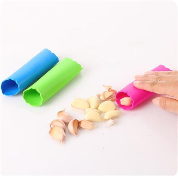 Household Magic Silicone Garlic Peeler Peel Easy Useful Kitchen Gadgets Cooking Tool Random Color OPP bag package