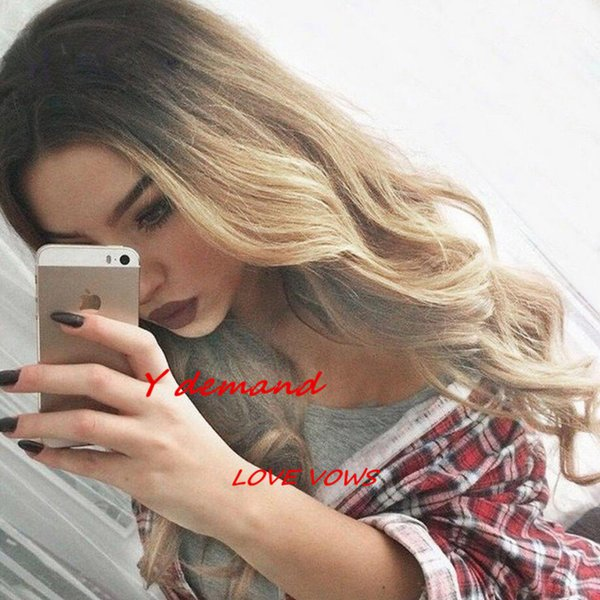 Fashion Long Celebrity Wig For Women Ombre Black Blonde / Brown Curly Cheap Synthetic Hair Wigs Fashion Female Heat Resistant Wholesale