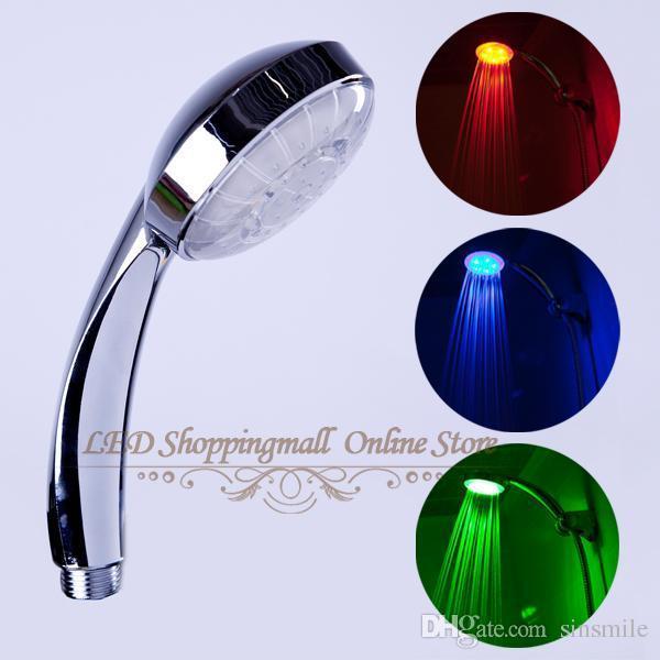 Venta al por mayor - Cabezal de ducha LED Control de temperatura de luz RGB 3 Cambio de color Baño Grifo Sin batería Duchas minoristas para accesorios de baño