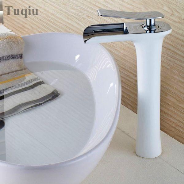 Altos cinco tipos de color grifo de la cascada baño grifo del lavabo del baño grifo mezclador caliente fregadero de agua fría