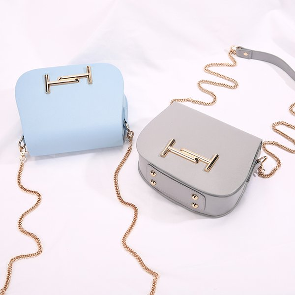 2018 Hot Sale female Faux leather Flap bags For women yellow white ladies small lock chain mini crossbody shoulder bags YI413