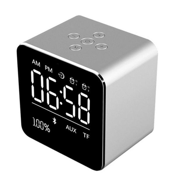 V9 tragbarer Bluetooth-Lautsprecher 1800mah-Lautsprecher einstecken Speicherkassette Display Wecker Lautsprecher kompatibler Smartphone-Computer