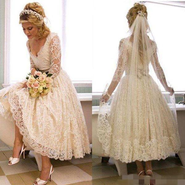 2018 Vintage Wedding Dresses Bridal Gowns Short Full Lace Long Sleeves Hollow Deep V Neck Tea Length Wedding Gown Beach