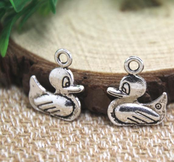 20pcs/lot duck Charms Antiqued Silver Tone 2 sided duck charm pendants 15x18mm