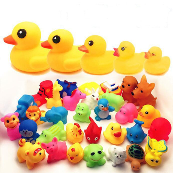 Baby swimming toy Wholesale Baby Bath Toys Shower Water Floating Squeaky Yellow Ducks Cute Animal Baby Shower Toys Rubber Water Toys