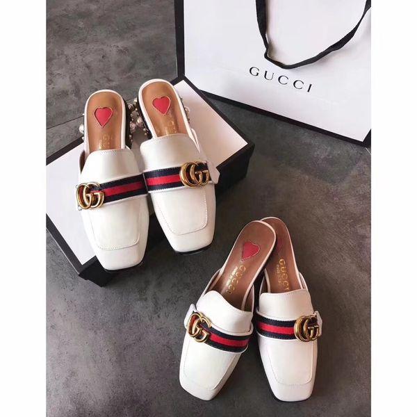 Sommer neue offene Zehen High-End-Sandalen und Hausschuhe niedrigen Absatz dick mit Leder weiße Damenschuhe High-End-Mode Luxus 18046225