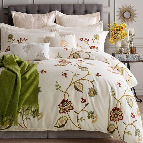 4/6/8 pcs luxo branco Pastoral Flor Bordado Egípcio Coon Bedding Set Rainha King Size Capa de Edredão Fronha folha de cama