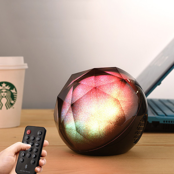 Colorful Light Crystal Magic Ball player Outdoor portable Wireless Bluetooth Speaker Subwoofer Mini Mobile Phone Subwoofer Bluetooth Audio