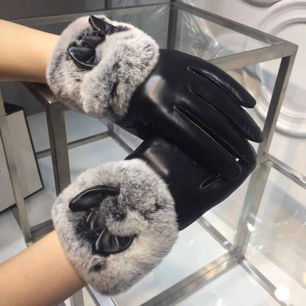 Top fashion goatskin gloves Ladies' autumn and winter rabbit fur gloves plus velvet comfort warm leather mitten women Gauntlets original box