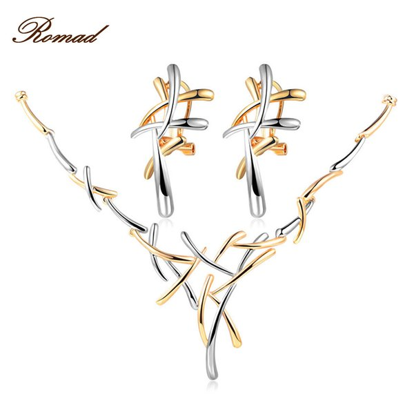 Set di gioielli in argento / oro / colore Romad Orecchini con orecchini a croce Set di gioielli per donne Punk Set di gioielli per feste femminili