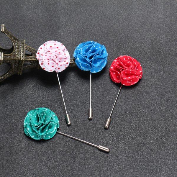 En gros En Gros 50 PCS / LOT Revers Pins pour Hommes Femmes De Mariage Groomsman Broches Pins pour Costumes Main Fleur Hommes Bijoux