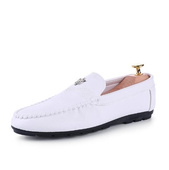 Mejor venta nueva primavera 2018 de ocio y transpirable conducción perezoso zapatos hombres bean shoes.39-44cm